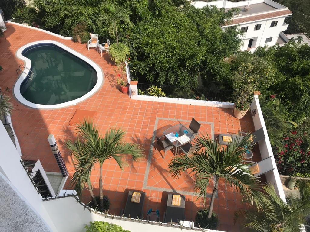 Client Advocate – Pool Deck Repair